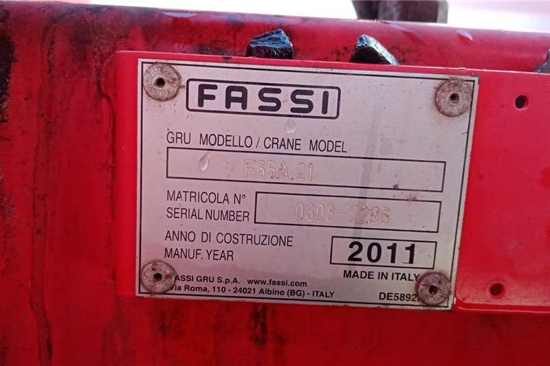 Mercedes Benz Mecedes Atego 1517 Fassi F65 Crane trucks
