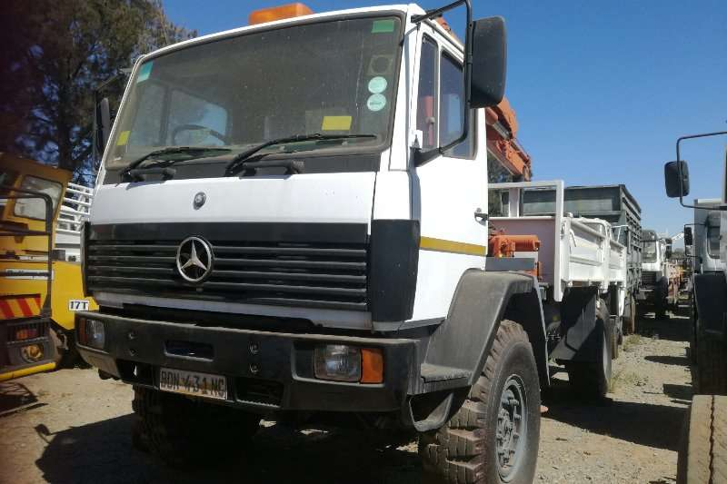 Mercedes Benz Mercedes Benz 1617 4x4 /Palfinger Pk8080 Crane Crane trucks