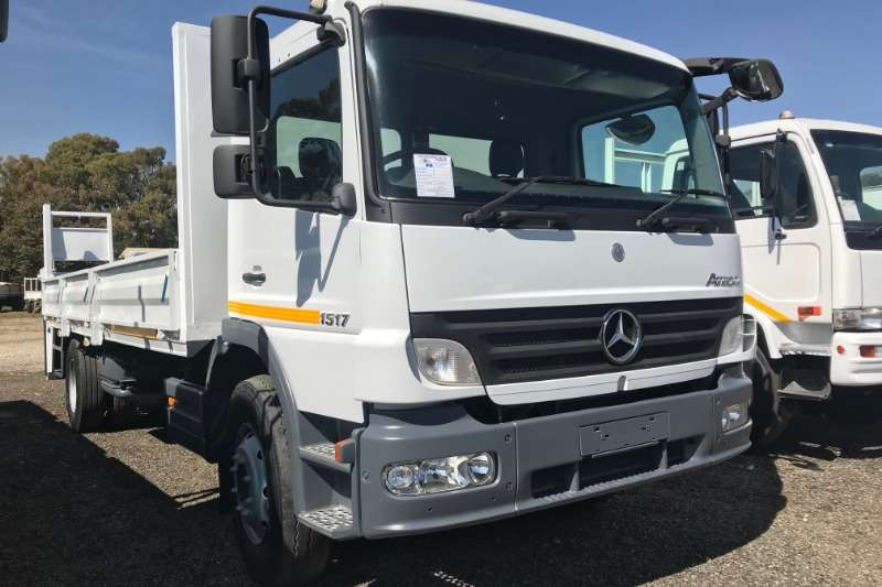 Mercedes Benz Dropside trucks Atego 1517 Dropside with Tail Lift 2008