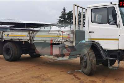 Mercedes Benz ECONOLINER Dropside trucks