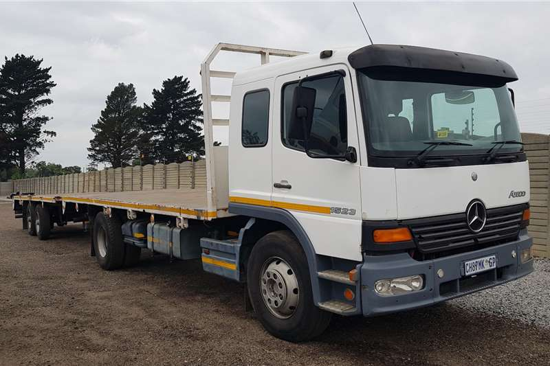 Mercedes Benz Flatbed trucks Atego 1523 upgraded to 1528 2002