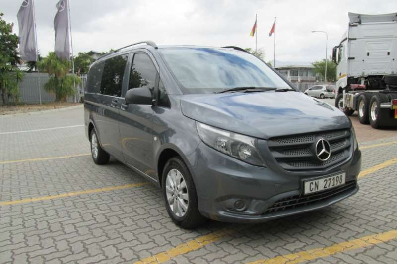 Mercedes Benz LDVs & panel vans Vito Mixto 2015 2015
