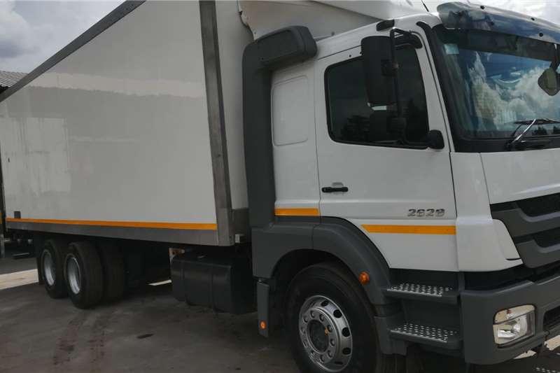 Mercedes Benz Refrigerated trucks AXOR 2628 L 51 6X2 2015