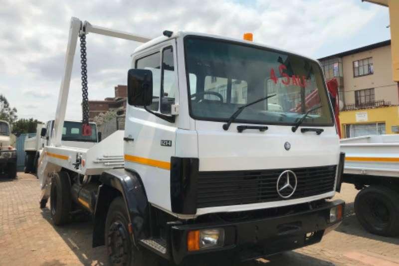 Mercedes Benz Mercedes Benz 1214 Skiploader Skip bin loader trucks