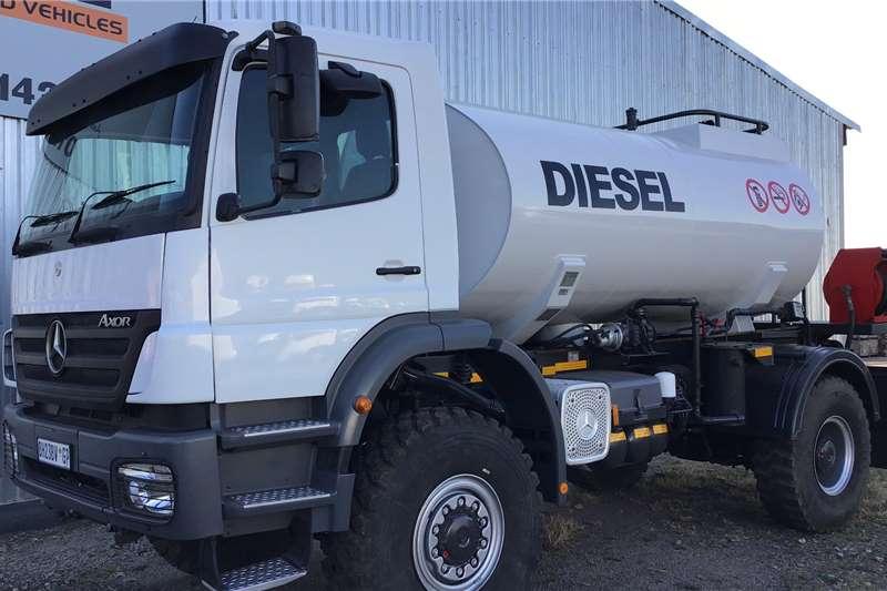 Mercedes Benz 2011 Mercedes Benz 1823 4X4 7000L diesel tanker Tanker trucks