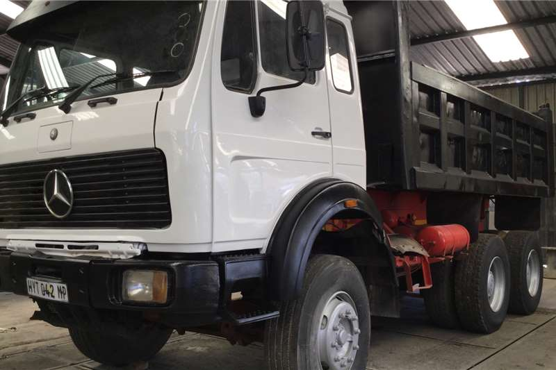 Mercedes Benz Tipper trucks 2636