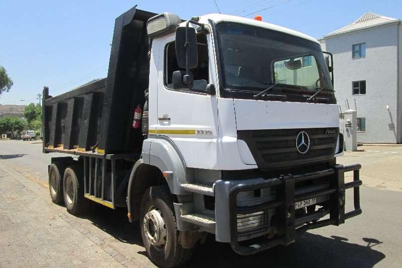 Mercedes Benz Tipper trucks 3335 2009