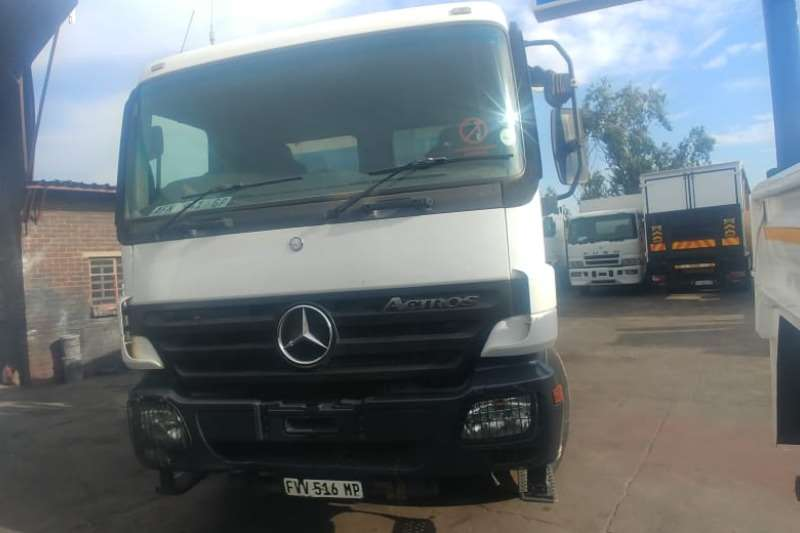 Mercedes Benz actros 4140 Tipper trucks