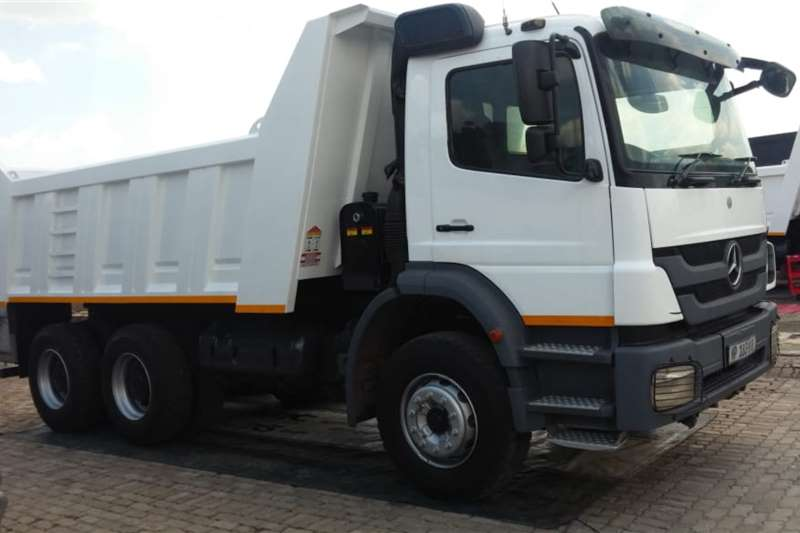 Mercedes Benz Tipper trucks Axor 2628 10m3 Tipper NEW BODY 2014