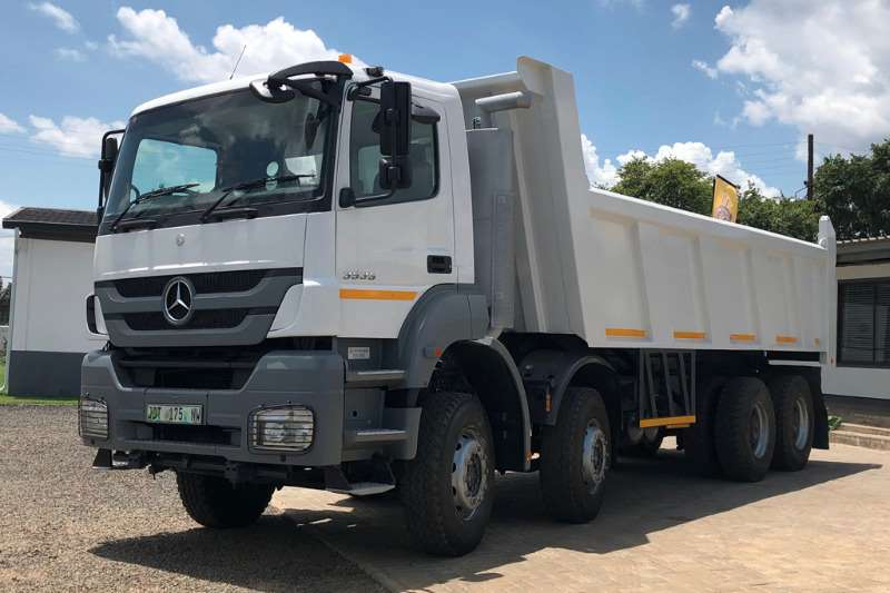 Mercedes Benz Tipper trucks Axor 3535 8x4 Tipper 2014
