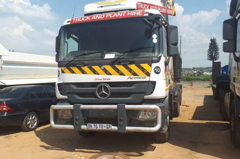 Mercedes Benz Truck 1832 Single Diff