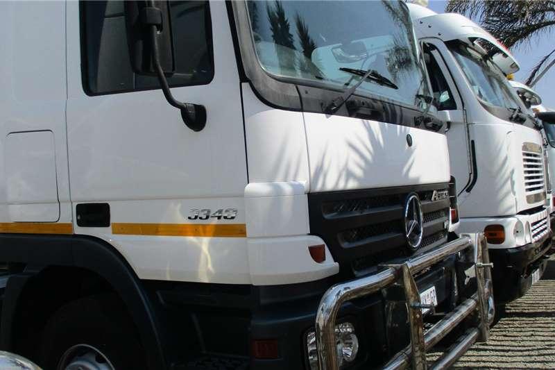 Mercedes Benz 33 48 Actros Truck