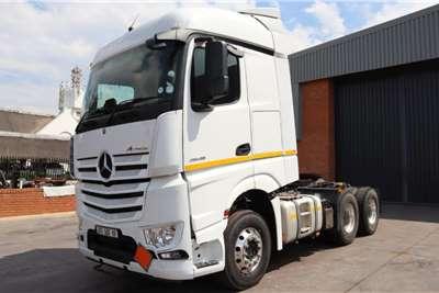 Mercedes Benz Actros 2645LS33 6x4 Horse Truck