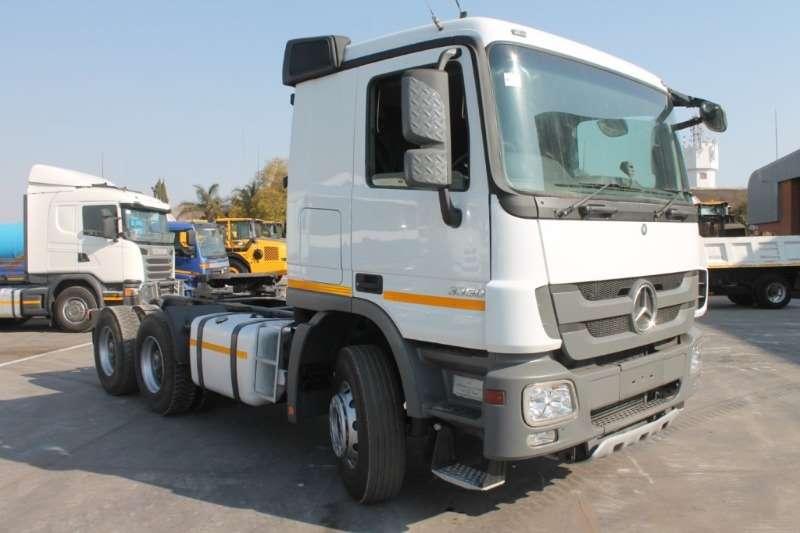 Mercedes Benz Truck Actros 3350S/33 Horse 2016