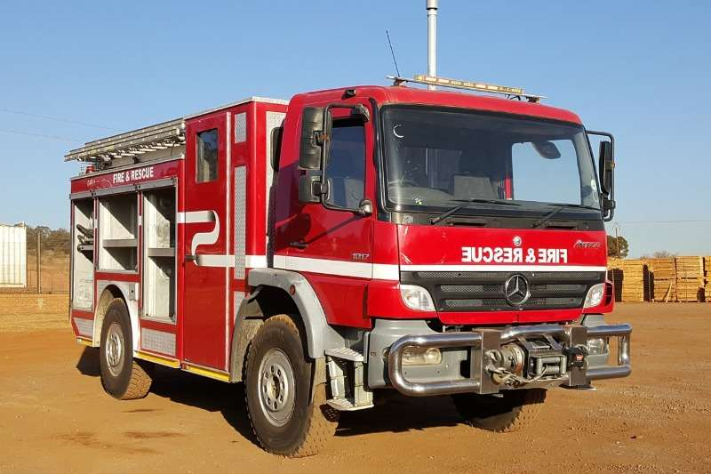 Mercedes Benz Truck Atego Fire Fighter 4x4 2007