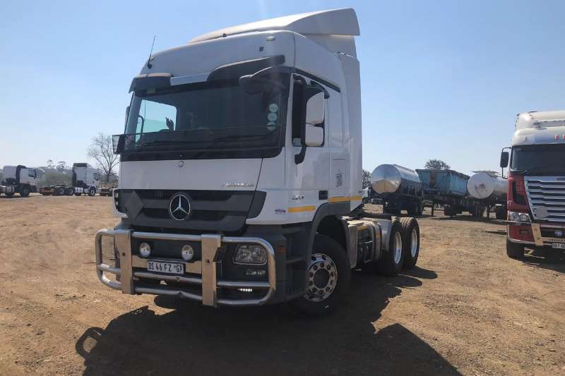 Mercedes Benz Truck Chassis cab 2644 LOW MILEAGE IMMACULATE 2015