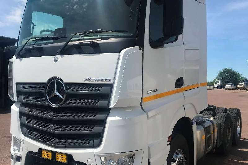 Mercedes Benz Chassis cab Actros 2645/33 Standard Truck