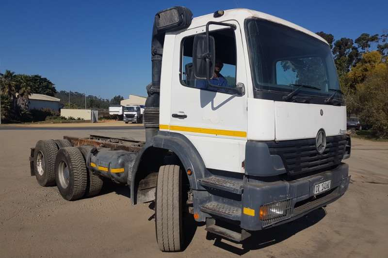 Mercedes Benz Truck Chassis cab Mercedes Atego 2628 2004