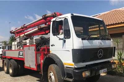 Mercedes Benz Concrete Pump 20 3 M/Benz 22 25 Truck