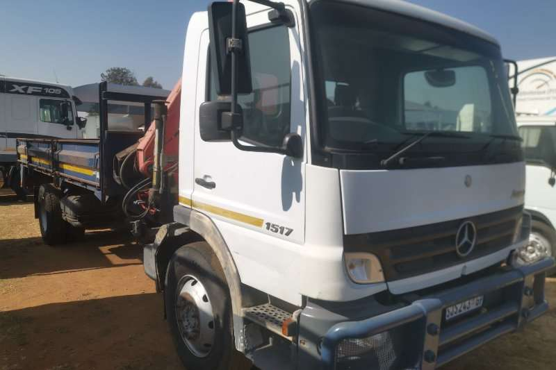 Mercedes Benz Truck Crane truck 1517 2005