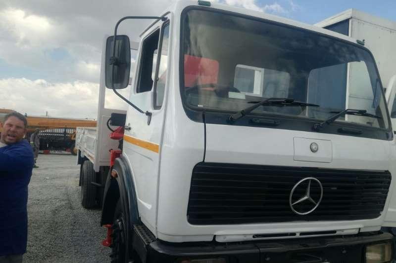 Mercedes Benz Crane truck 1984 Mercedes Benz 1213 7 Ton Dropside with Hi ab Truck