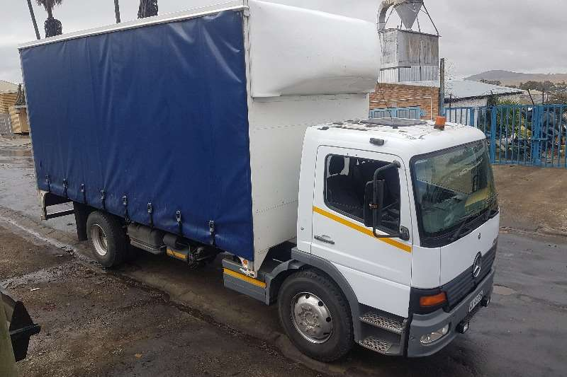 Mercedes Benz Truck Curtain Side Mercedes Atego 1317 2004