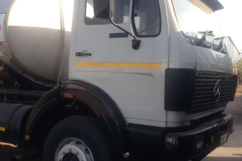 Mercedes Benz Truck Diesel Tanker 2628 Fuel tanker 1989