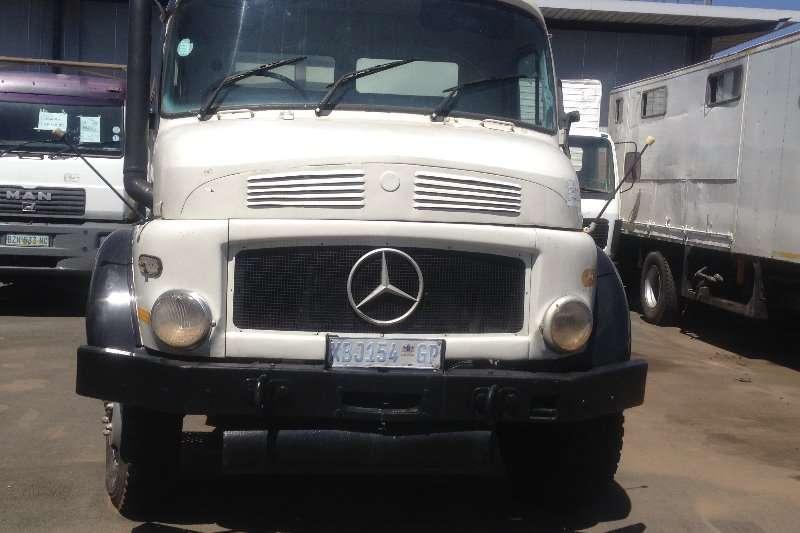 Mercedes Benz Truck Diesel Tanker Mercedes Benz Bullnose Tank body 1996