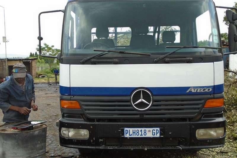 Mercedes Benz Truck Dropside 1317 2003