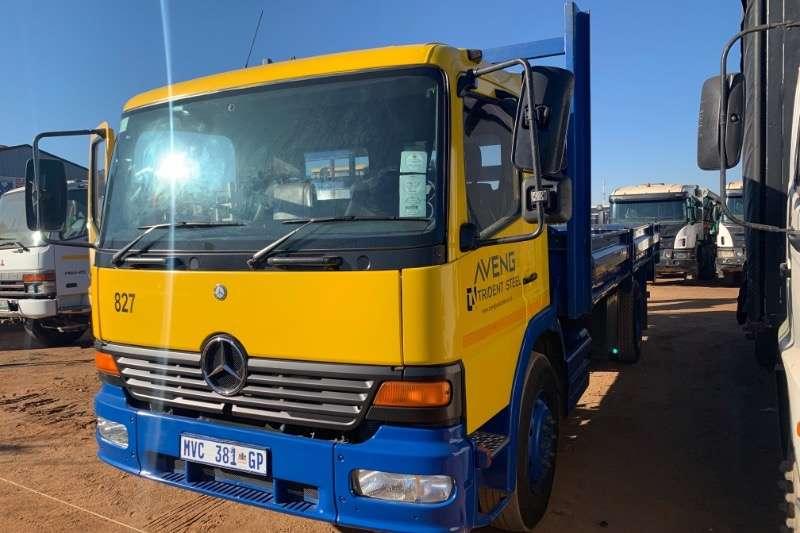 Mercedes Benz Truck Dropside ATEGO 1317 2001