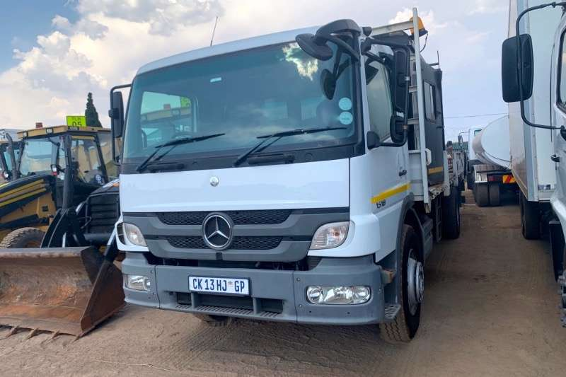 Mercedes Benz Truck Dropside ATEGO 1518 WITH WATER TANKER 2013
