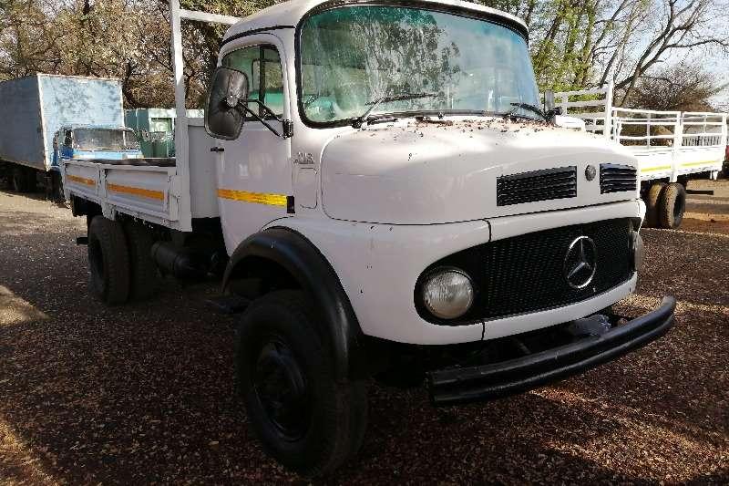 Mercedes Benz Truck Dropside mbenx 4x4 dropside