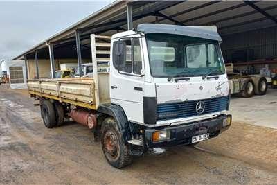 Mercedes Benz ECONOLINER 12 14 DROPSIDE Truck