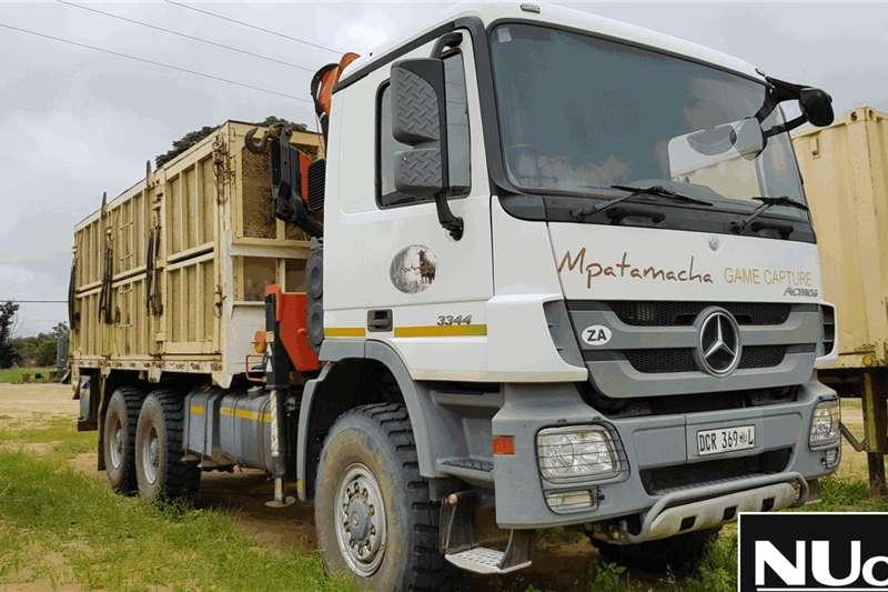 Mercedes Benz Truck Flat deck ACTROS 3344 6X6 FLAT DECK BONFIGLIOLI CRANE 2012