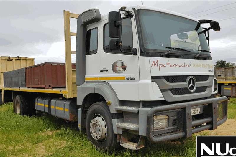 Mercedes Benz Truck Flat deck MERCEDES BENZ AXOR 1828 FLAT DECK 2014