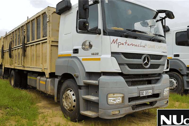 Mercedes Benz Truck Flat deck MERCEDES BENZ AXOR 1835 4X2 FLAT DECK 2013