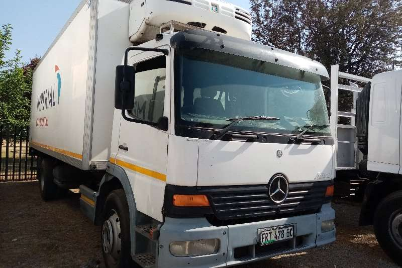 Mercedes Benz Truck Fridge truck Mercedes Benz 15 23 Fridge Unit. 2002