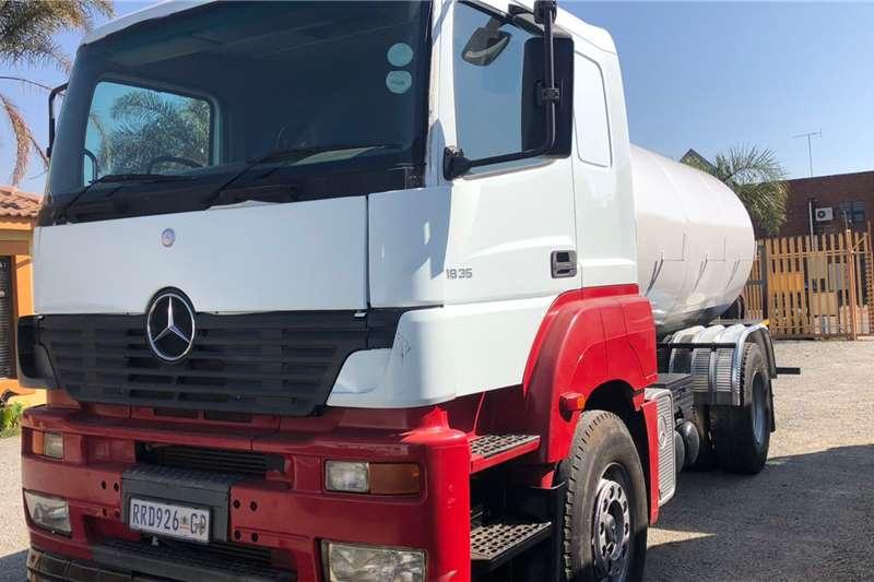 Mercedes Benz Honey Sucker 18 35 mercedes Truck
