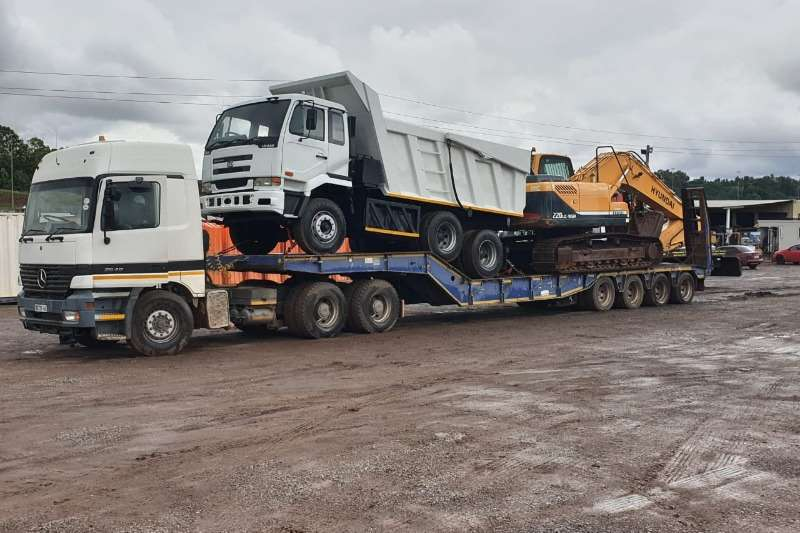 Mercedes Benz Truck Lowbed 45TON LOWBED FOR HIRE