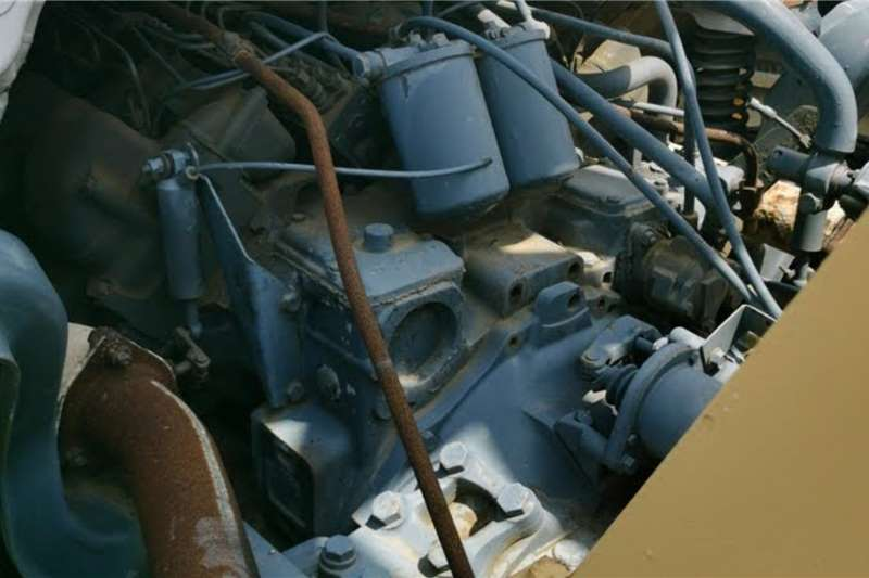 Mercedes Benz M/Benz 2426 Powerliner 6x4 & Soilmech Auger powere Truck