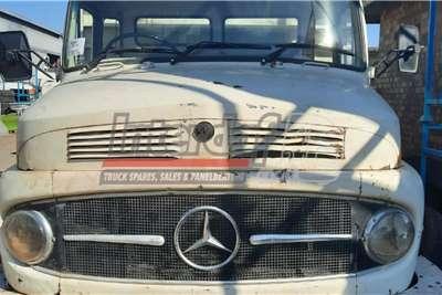 Mercedes Benz Mercedes Benz 1418 with Kalfie Truck