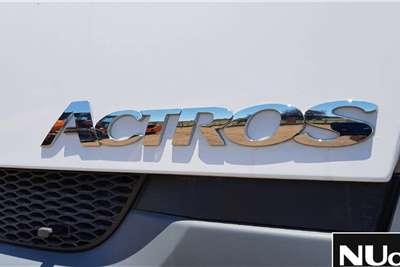 Mercedes Benz MERCEDES BENZ 3350 ACTROS 6X4 HORSE Truck