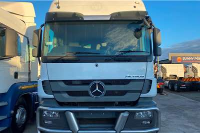 Mercedes Benz Mercedes Benz Actros 2644 Truck