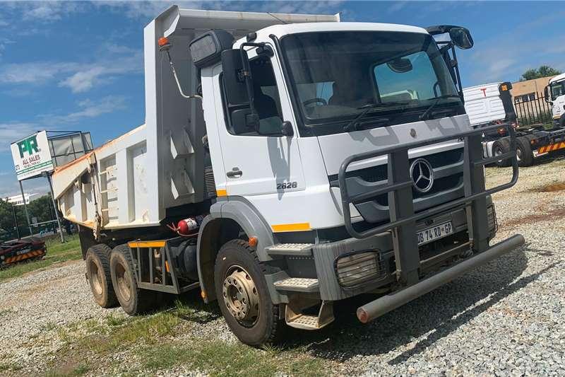 Mercedes Benz Truck MERCEDES BENZ AXOR 262810M3 TPPER 2014