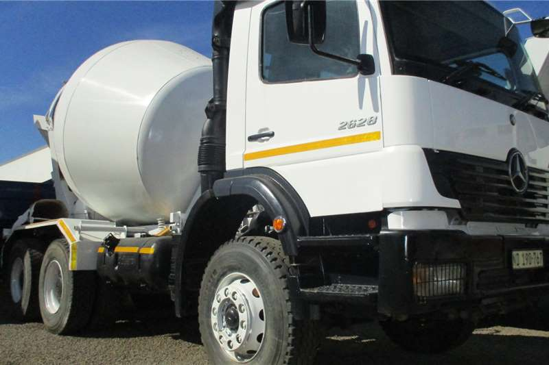 Mercedes Benz Mixers 6m Truck