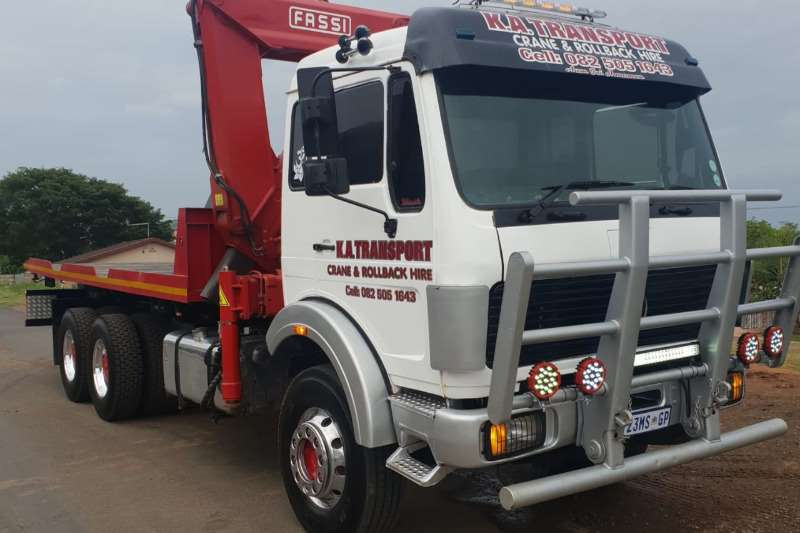 Mercedes Benz Truck Roll back 2628 DOUBLE DIFF WITH FASSI CRANE