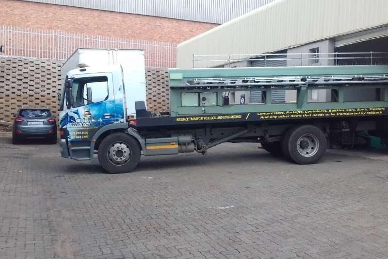 Mercedes Benz Truck Roll back 8 TON ROLLBACK FOR HIRE