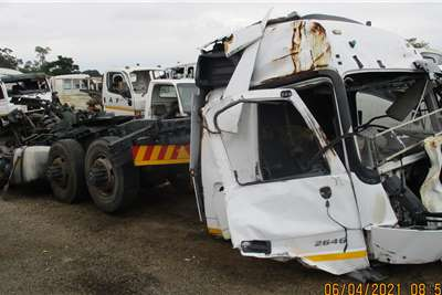Mercedes Benz ACTROS 2646 Truck spares and parts