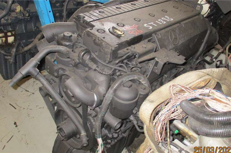 Mercedes Benz AXOR 926 ENGINE Truck spares and parts
