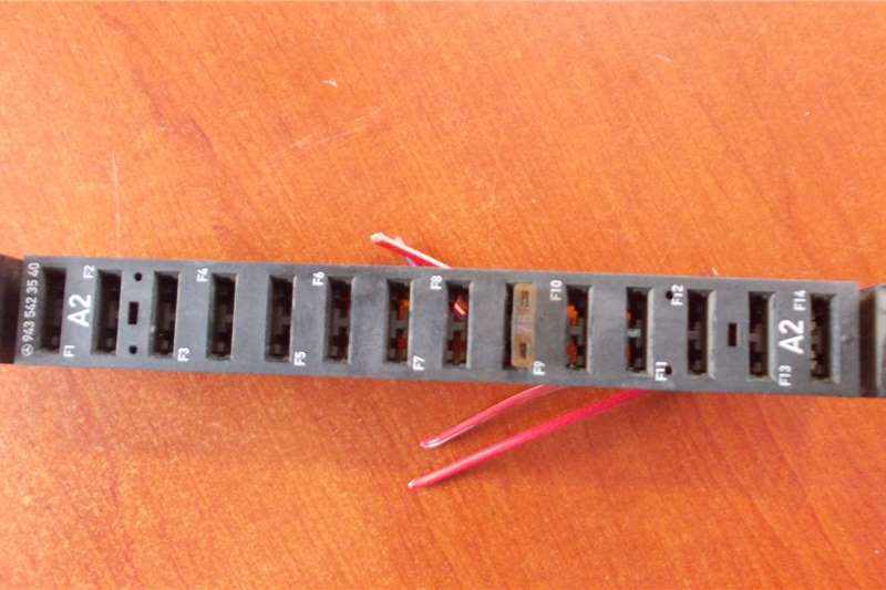 Mercedes Benz Electrical systems UsedFuse Holder Truck spares and parts
